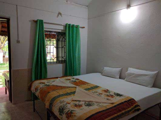traditional std room alternative accommodation in yoga training
