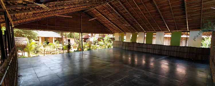 yoga hall for yoga teacher training in palm tree resort